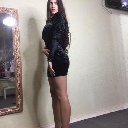 Dress velvet new on one sleeve