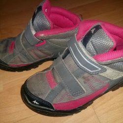 Düşük kaliteli ayakkabılar