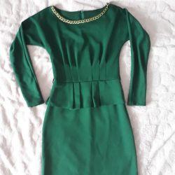 Knee-length classic dresses