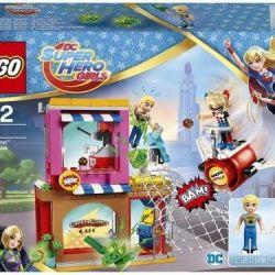 Yeni tasarımcı LEGO Süper Kahraman Kız 41231