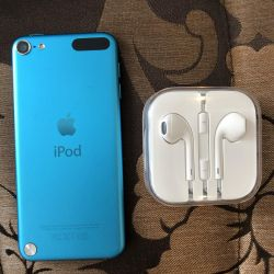 iPod 32Gb Player Almost New
