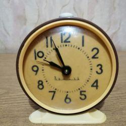 Годинники будильник Витязь, СРСР