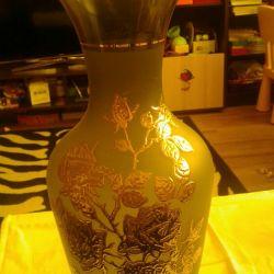 Vase, Boemia. 40 cm cu frunze de aur