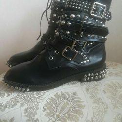Pantofi de dimensiuni noi 38