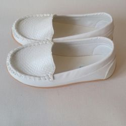 Sell ​​new moccasins size 28