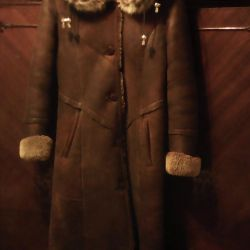 I will sell a natural sheepskin coat