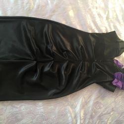 Τα φορέματα πωλούν, ανταλλάσσουν