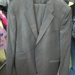 Новий костюм (піджак, брюки)