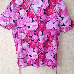 Блузка новая 48 р-р