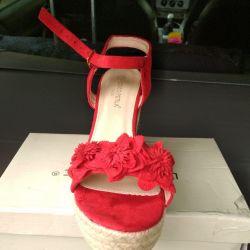 yeni sandaletler, 39 r