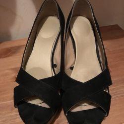 H & M shoes