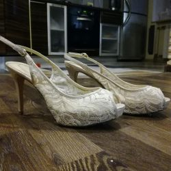 Yeni sandalet 39.
