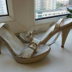 Sandals Vera Pelle, 37 rr
