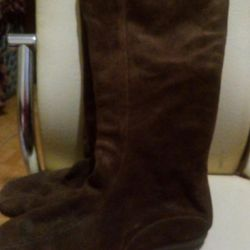 Boots 40 size