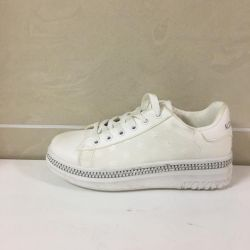 Sneakers female art 8358