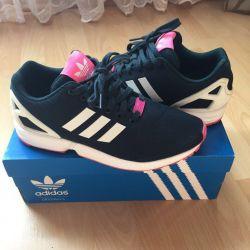 Adidas Флакс нові