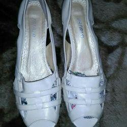 Sandals 38-39 r