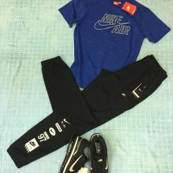 Спортивная одежда Nike, новая