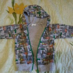 Children's sweatshirt with zipper is light, new
