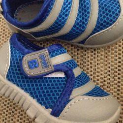 New sneakers sneakers 13.5