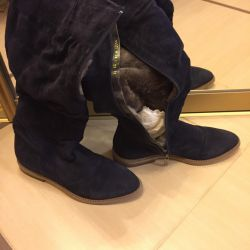Winter boots Italy