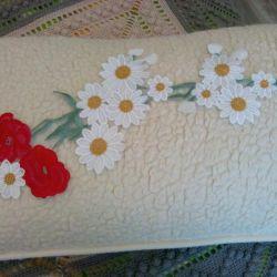 Embroidered maki-chamomile application
