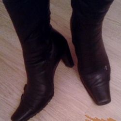 Winter boots with heels