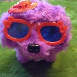 Jucătoarea moale jucărie Doggie un câine cu mecanismul