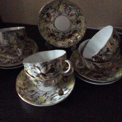Șase perechi de ceai