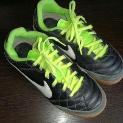 Кроссовки Nike оригинал 37 р-р Срочно за 1200 руб