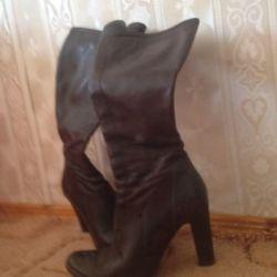Μπότες φθινοπωρινό ανοιξιάτικο δέρμα 35 r