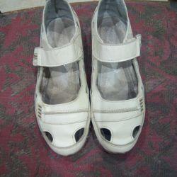 Yaz yarı spor ayakkabısı satacağım
