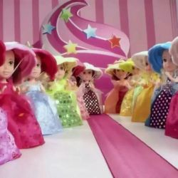 Big Doll Cupcake Turning😍