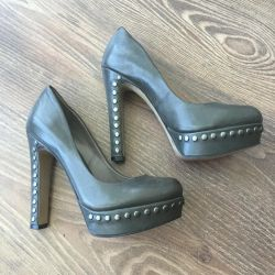 Sell shoes Vince Camuto 36 r