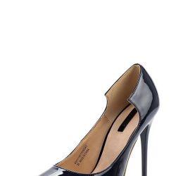 Deri astarlı yeni ayakkabı
