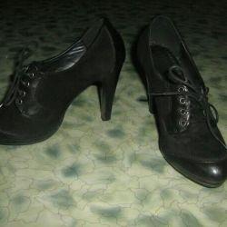 Ayak bileği botları boyutu 34