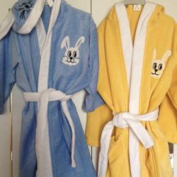 Bathrobes for girls