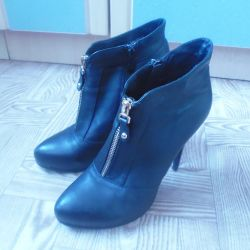 cnester leather ankle boots