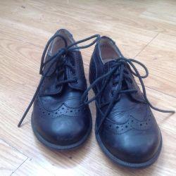 Oğlan için ayakkabılar. 28 numara.