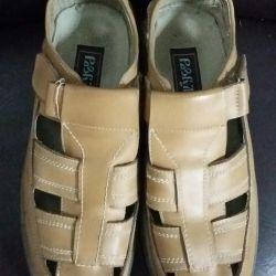 Sandals 38p