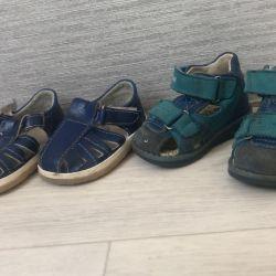 Sandals 2 pairs