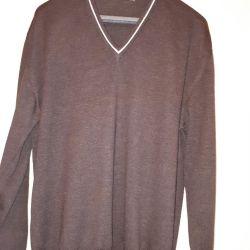 Sweaters brand