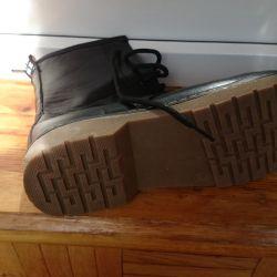 Новый ботинки на осень 37