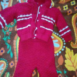 Costum tricotat