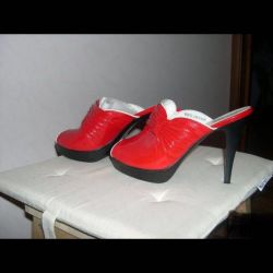 New‼ ️ red clogs39
