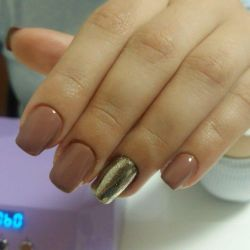Manicure strengthening gel varnish