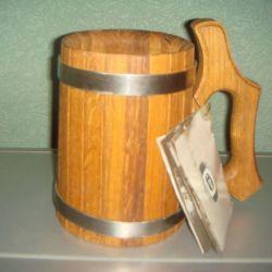 Кружка из древесины дуба