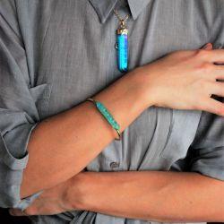 Pendant quartz, quartz bracelet