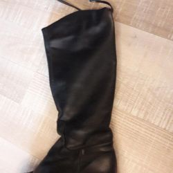 Boots 37r