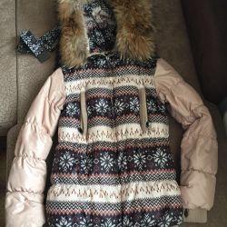 Iarna iarnă, jacheta este alungită